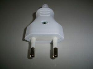 Eurostecker (F8.) 1 Stück weiß 2,5 A  230 V Schraubanschluß