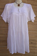 Mexican Peasant Blouse Huipil Tunic with Floral Design Embroidery M, L