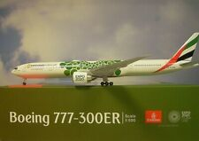 Herpa Wings 1:500  Boeing 777-300ER  Emirates Expo 2020  533720 Modellairport500