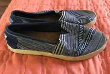 Womens 6.5 TOMS Avalon Sneaker Blue Tribal Woven Slip Ons Canvas Shoes Loafers