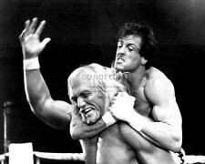 "SYLVESTER STALLONE AND HULK HOGAN IN ""ROCKY III"" - 8X10 PUBLICITY PHOTO (OP-883)"