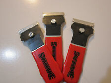 PAINT  LABEL SCRAPER. 40mm. PACK OF 3. REPLACABLE BLADE.