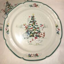 International 8966 Country Christmas 4 Dinner Plates