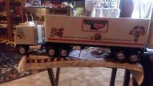 Vintage toy Keebler Big Rig Hauler Nylint corp