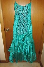 Vintage prom or formal dress, green satin?,w/ruffles, ruching & sequins, Zum Zum