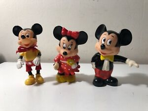 Vintage Disney Mickey And Minnie Mouse Plastic Coin Banks and 1 Figure