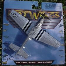 Hot Wings. 17112. P-51 Mustang (silver) New in Pack!