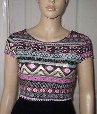 Quiz Cream Pink Gold Aztec Pattern Short Sleeve Crop Top Size 10