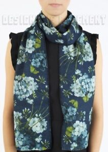 """GUCCI blue BLOOMS reversible to GG 100% Wool 8x68"""" fringed scarf NWT Authen $410"""