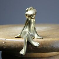 Vintage frog solid brass for sitting on a shelf ornamental figure kermit