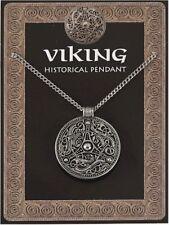 Escudo Vikingo colgante de estaño en una cadena