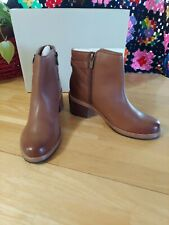 Women's Clarks Clarkdale Jax Ankle Boot Dark Tan Full Grain Leather Sz 7
