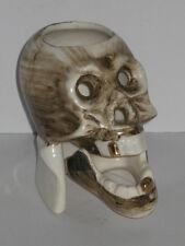 petit crâne en faïence patent TT