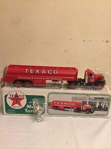 Texaco Oil 1958 B MACK TANKER TRUCK 1996 SPECIALTY NEW IN BOX