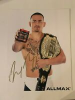 UFC MMA Fighter Max Holloway Autographed 8x10 Photo Hand Signed Octagon