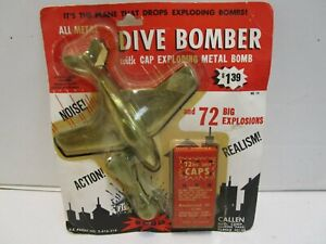 RARE VINTAGE CALLEN MFG. CORP ALL METAL DIVE BOMBER WITH METAL BOMB ***MOC***
