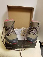 Ladies Shoes, Size 7 , by Bearpaw