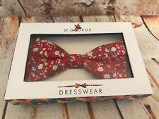 St George nœud papillon,Rouge Floral,neuf en boîte,très TRENDY,cadeau idéal ,