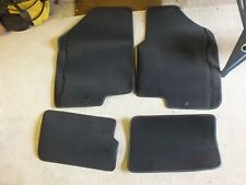 KIA SOUL 2014 Set 4 tappetini in velluto nuovi e ORIGINALI con logo guida sx