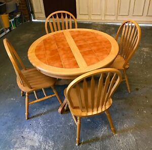 Pine Tiled Top Extending Kitchen /Dining Table & 4 Chairs