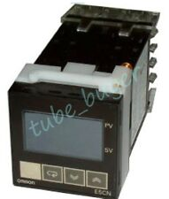 OMRON E5CN-Q2T New and good