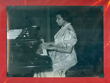 MARIAN ANDERSON BEAUTIFUL PHOTOGRAPH  DEDICATED AND SIGNED