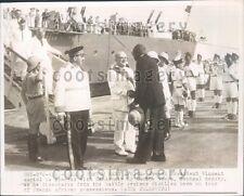 1947 France President Vincent Auriol w Lamine Gueye Dakar Senegal Press Photo