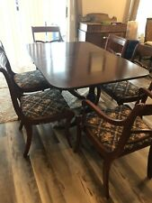 Early 20th Century Duncan Phyfe Dinning Table W/ Chairs