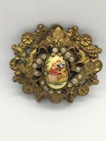 Vintage Karu fifth avenue ornate gold tone romance brooch victorian Revival