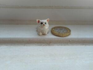 CAT - BEAUTIFUL TINY MINIATURE POTTERY - PERSIAN, PURE WHITE CAT/KITTEN