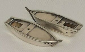 2 VTG MINIATURE CHINESE STERLING SILVER FISHIBG BOATS