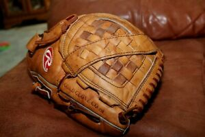 """Rawlings 12.5"""" Heritage XFG125 Fully Conditioned Leather Softball Glove"""