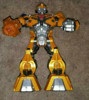 HASBRO SA C-023E BUMBLEBEE TRANSFORMER ACTION FIGURE LIGHTS SOUNDS TALKS 10""