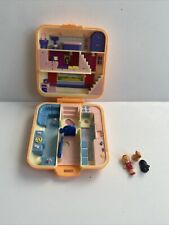 Vintage 1989 Polly Pocket Townhouse Bluebird Orange Square Compact with 3 Figure