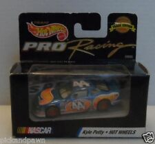 Vintage 1998 Hot Wheels Kyle Petty Nascar #44 Pro Racing Track Edition MIB