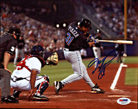 Mike Piazza Signed 8x10 New York Mets Photo - MLB Black Swing PSA/DNA COA
