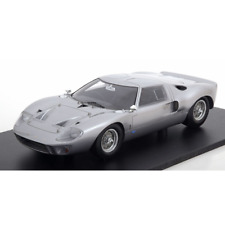 SparkModel – 1/18 Scale – Ford GT40 1966 Street Version Scale Model Replica