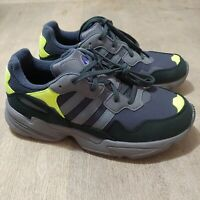 Adidas Yung-96 J Torsion Athletic Sneakers Suede Grey Yellow. Mens/Boys Size 7 M