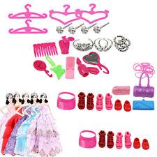 42X Puppe Zubehör Barbie Puppen Kleidung Kleider Schuhe Kleiderbügel Spielzeug