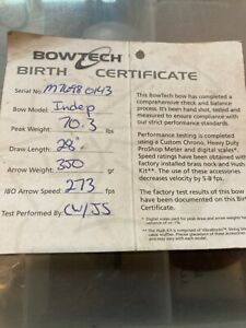 BowTech Independence Right Handed Bow with sight, Quiver, and hard case