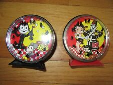 9J/VINTAGE ALARM CLOCKS/LOT OF 2/PARTS RESTORATION/REPAIR/FELIX CAT/BETTY BOOP!