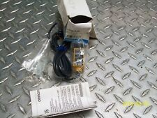 NEW OMRON E3S-R1B4 RETROREFLECTIVE PHOTOELECTRIC SENSOR SWITCH