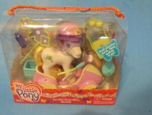 My Little pony  g3  Breezie & accessories automatic scooter helmet etc. mint MIB