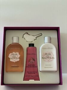 Crabtree & Evelyn Pear & Pink Magnolia Body Wash Body Lotion Band Therapy Set