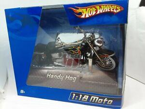 moto hotwheels 1/18 handy dog noir et flamme numero K0385