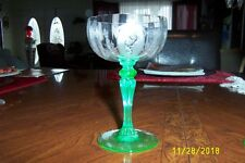 TIFFIN ETCHED PSYCHE GREEN STEM  CHAMPAGNE
