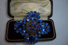 OLD VINTAGE JEWELLERY STUNNING SIGNED SAPPHIRE BLUE RHINESTONE BROOCH LACE PIN