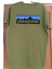 Mens Patagonia T Shirt. XL