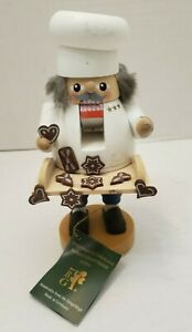 Wood ERZGEBIRGE Volkskunst German Nutcracker Baker Coockies Figurine Germany