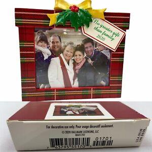 Hallmark Keepsake Ornament 2020 ~ Family's the Greatest Gift Photo Frame